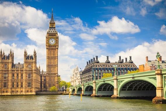 Pode estudar e trabalhar na Inglaterra